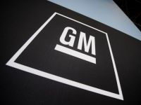 La doi ani de la faliment, General Motors redevine lider mondial la vanzarea de masini, detronand Toyota