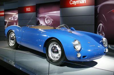 Milioanele din garajul actorului care a incasat un miliard de dolari cu un singur rol. Are aproape 50 de masini Porsche. GALERIE FOTO