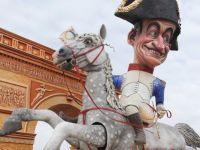 Austeritate, moi? Sarkozy cheltuieste zilnic 12.000 de euro pe mancare si are sub palat 120 de masini