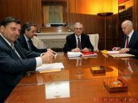 Gura de oxigen pentru Grecia si pentru moneda unica. Liderii de la Atena au acceptat masuri de austeritate pentru 130 mld. euro