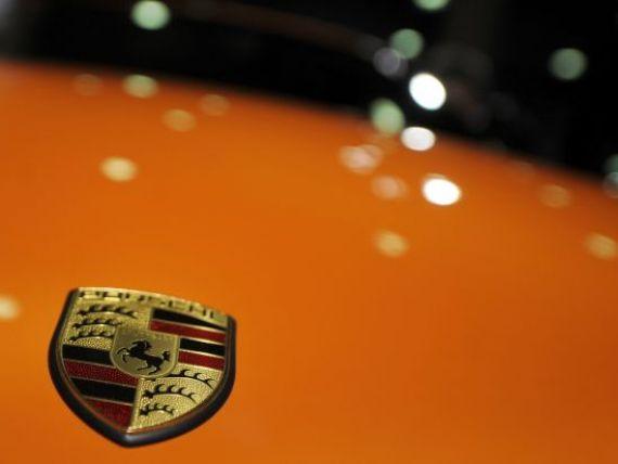Porsche se pregateste sa lanseze un  tigru . Compania a dezvaluit numele viitorului model SUV FOTO