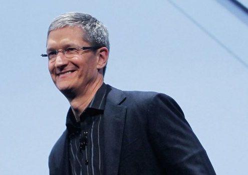 Apple are bani sa cumpere chiar si Grecia. CEO-ul companiei, Tom Cook, nu stie ce sa faca cu lichiditatile de aproape 100 mld. dolari