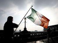 Irlanda este mai constiincioasa ca Grecia. Primeste inca o transa de la FMI, dupa aplicarea programului de austeritate