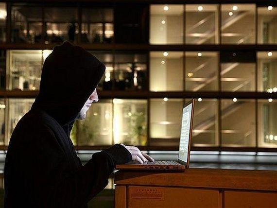 Gruparea Anonymous, lovita puternic. Mai multi membri din Europa, arestati de Interpol