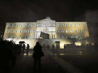 Grecia nu poate fugi de default. Ar putea avea nevoie de un alt ajutor financiar gigant in urmatorii 3 ani