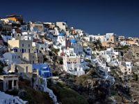 Criza a lovit turismul elen. Proprietarii vand 1.000 de hoteluri, din cauza lipsei turistilor