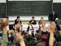 Burse de studiu in Franta de 180.000 euro pentru studentii romani