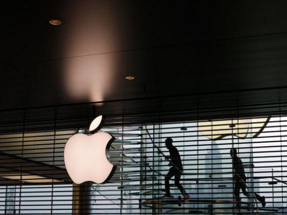 Apple, acuzata ca vinde copii piratate ale cartilor pe App Store