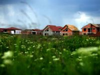"""Petrescu: """"ANL nu va lansa proiecte noi in 2012, dar va finaliza 1.800 locuinte incepute anii trecuti"""""""