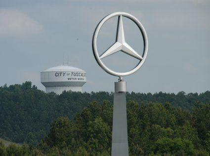 Mercedes vine foarte aproape de Romania. A inaugurat o fabrica de 800 mil. euro in Europa, pentru a ataca suprematia BMW