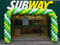 Subway, cel mai mare lant de fast-food din lume, a deschis primul restaurant in Capitala. Cu ce preturi vine franciza