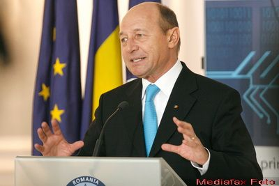Traian Basescu: Nu mai avem resurse pentru locuri de munca daca nu privim cu responsabilitate spre minerit