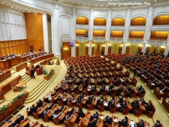 1000 de lei amenda daca NU te prezinti la vot. Legea a fost adoptata tacit de Senat