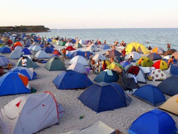 ANAT: Peste 25.000 de romani vor petrece vacanta de 1 Mai pe litoral