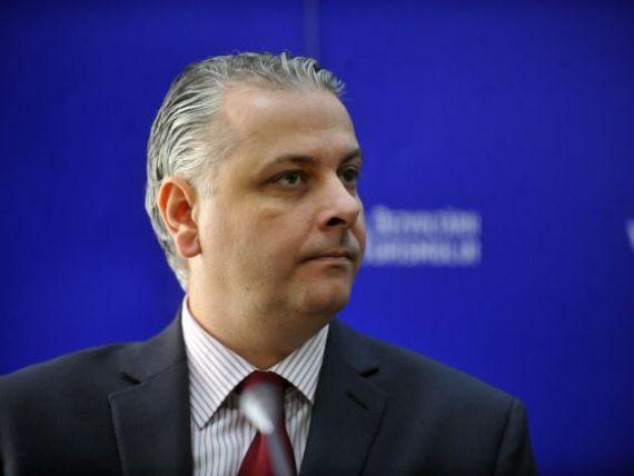 Cristian Petrescu:  Ministerul Turismului nu poate pune zambete pe fetele angajatilor din hoteluri si nici imbunatati serviciile