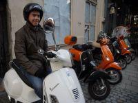 Guvernul introduce permisul de conducere obligatoriu pentru mopede, incepand cu 2013
