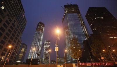 Turnul Libertatii, gigantul care inlocuieste  gemenii  picati la 11 septembrie 2001, devine cea mai inalta cladire din SUA