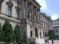 BNR a mentinut rata de politica monetara la 5,25%. Isarescu: Banca centrala a oprit ciclul de reduceri din cauza evolutiilor politice