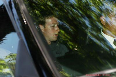 Miscarea facuta de Mark Zuckerberg, dupa listarea Facebook la bursa, care a socat pe toata lumea. 480.000 de persoane au dat  Like