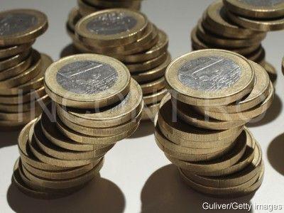 Cei mai multi europeni vor mentinerea monedei euro. Surpriza vine din Grecia