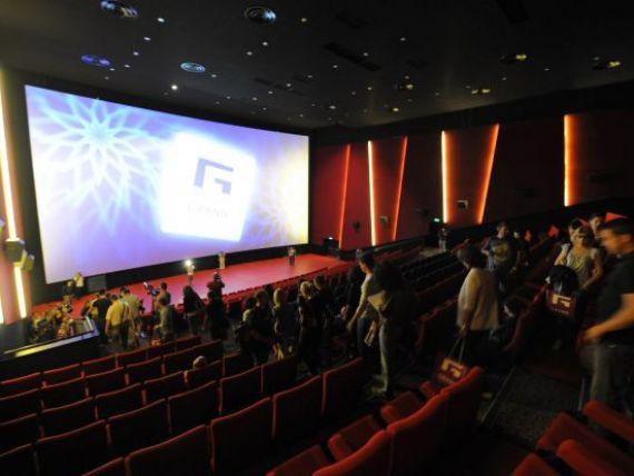 Cat de des merg romanii la cinematograf, cati bani cheltuiesc si ce filme prefera