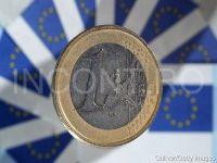 Cursul a atins un nou maxim istoric pe piata interbancara: 4,4750 lei/euro. Spania si Grecia trag in jos monedele din regiune