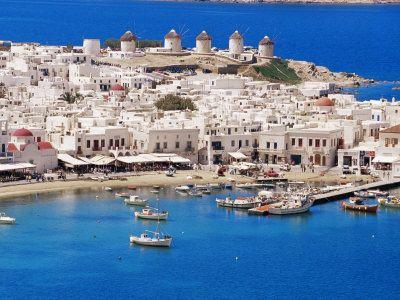 Hienele  imobiliare se asteapta la chilipiruri in insulele Greciei, daca tara iese din zona euro