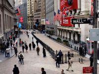 Castigurile directorilor de pe Wall Street au crescut cu 20% in 2011, desi companiile lor au suferit pierderi puternice