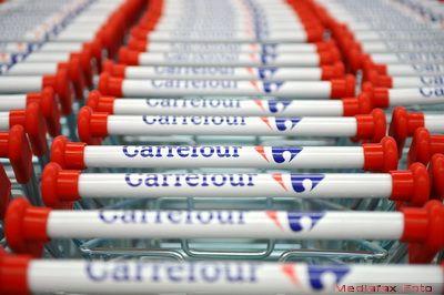 Retailerii trag tot mai mult la internet. Premiera in Romania. Carrefour, primul lant de hipermarketuri care deschide magazin online si aduce produsele direct la usa clientului