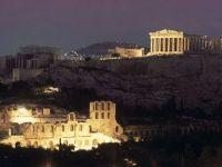 Pret de doua ore, criza din Grecia a disparut. Elenii au sarbatorit in piete