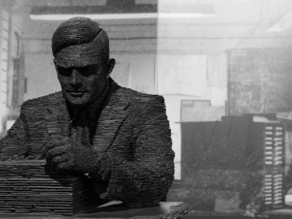 100 de ani de la nasterea lui Alan Turing, savantul care a descifrat codurile naziste si care a vrut  sa construiasca un creier . Povestea fabuloasa a parintelui informaticii