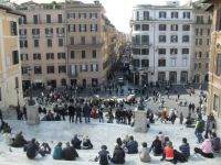 Italia resimte din plin efectele unei datorii prea mari. Cum rezolva copiii de 10 ani criza din zona euro