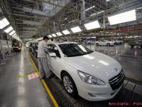 Concedieri masive la al doilea mare producator auto din Europa. Valoarea de piata, mai mica decat a luat statul roman la privatizarea BCR