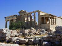 Atena, in cadere libera. Grecia anticipeaza o contractie economica de 6,7%, cu mult peste estimarea anterioara