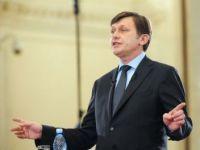 Crin Antonescu, la mitingul anti-presedinte suspendat: Basescu si oamenii sai ameninta cu Europa pentru ca nu mai au credibilitate