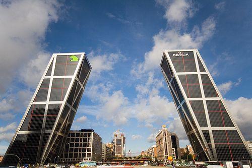 Statul devine cea mai mare agentie imobiliara din Madrid. 100 de cladiri de birouri din centrul capitalei, scoase la vanzare