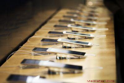 Samsung invinge: Apple nu scapa de cel mai negru cosmar. Lovitura data din Marea Britanie