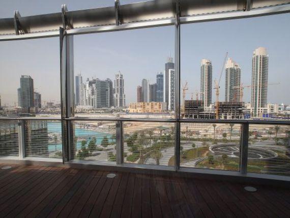 Burj Khalifa, cea mai inalta cladire din lume, n-a avut succesul estimat. Arabii nu si-au invatat insa lectia FOTO