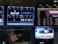 """""""Nu juca poker fara sa te uiti in carti!"""" Sfaturi de la 10 dintre cei mai de succes investitori ai lumii pentru a castiga bani pe bursa"""