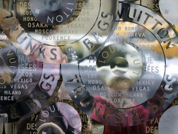 Wall Street, in imagini. Cum s-au imbogatit bancherii in ultimii 15 ani si cum am ajuns la criza din 2008 INFOGRAFIC