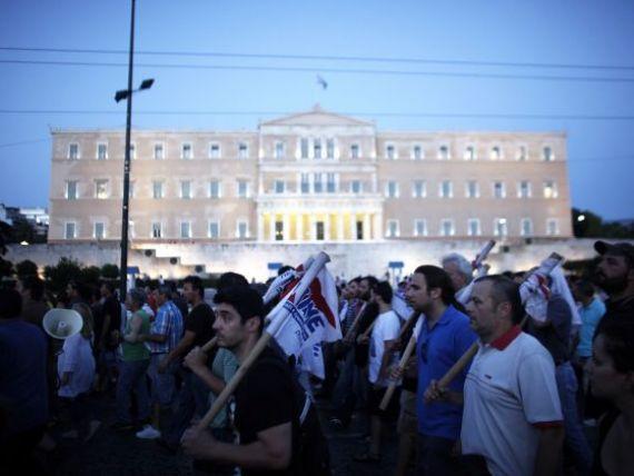 Grecia, nevoita sa reduca din nou pensiile, pentru a primi in continuare ajutor extern