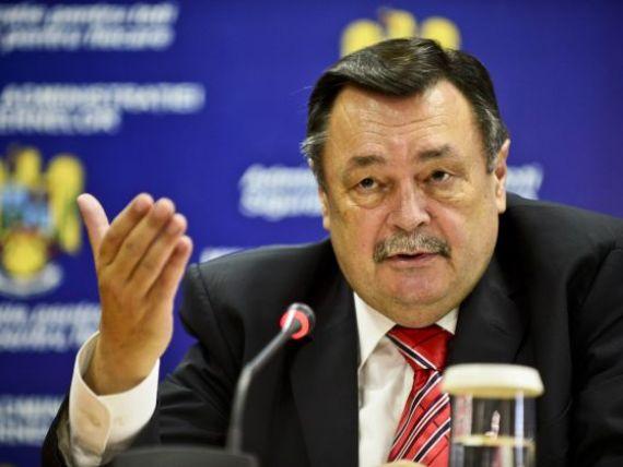 Parchetul cere Parlamentului avizul pentru urmarirea penala a fostului ministru Victor Paul Dobre