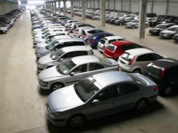 Doar 50.000 de romani si-au cumparat masini noi anul acesta. Vanzarile de autovehicule au scazut cu 18,5% in primele sapte luni