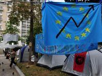Grecii nu mai vad luminita de la capatul tunelului. Datoriile lor depasesc, din nou, 300 miliarde de euro