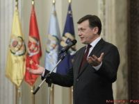 Crin Antonescu: Traian Basescu s-a lasat folosit de Angela Merkel