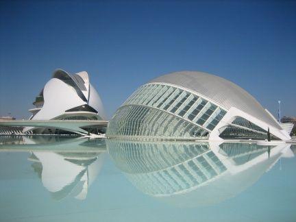 S-au prabusit doua bucati din Spania. Valencia si Catalonia au primit peste 4,5 mld. euro fiecare de la guvernul central