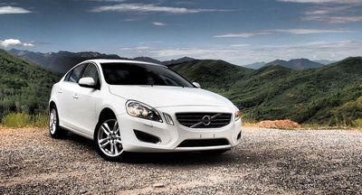 Motivul pentru care americanii isi cumpara masini albe. Ce companie i-a influentat decisiv