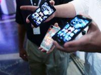 Motorola lanseaza smartphone-urile premium, de doar 99 de dolari GALERIE FOTO