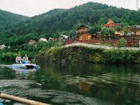 Ministerul Turismului: Jumatate dintre turistii din pensiuni sunt cazati la negru