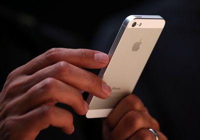 Top nivel de trai: In Bucuresti, un iPhone costa 28 de zile lucratoare, fata de sub 3 zile in Zurich